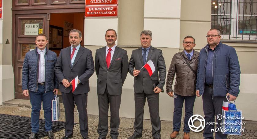 Burmistrz ukraińskiej Kachowki z wizytą u oleśnickiego burmistrza